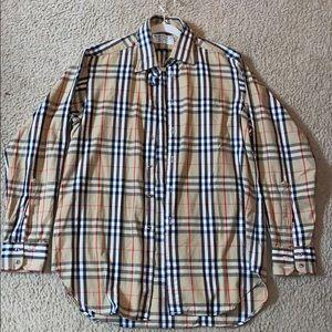 Burberrys' Men's button down shirt 👔